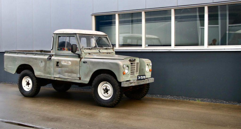 Series III 109   007 - 1975